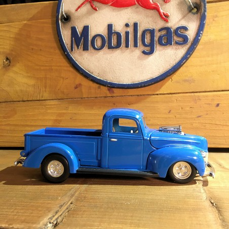 FORD - Pickup Truck 1940 - Route 66 Original Toy