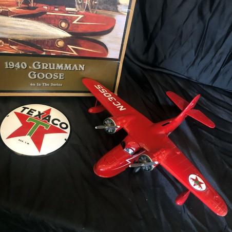 AVION GRUMMAN GOOSE - 1940- Amphibian ROUGE - Wings of Texaco