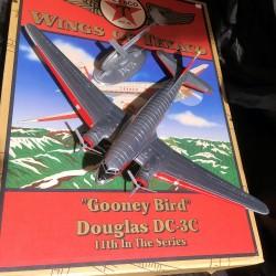 WINGS TEXACO - Gooney Bird - Douglas DC-3C