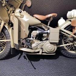 HARLEY DAVIDSON - FRANKLIN MINT - WLA 1942